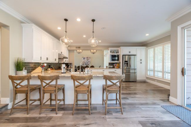 kitchen open concept -white cabinets